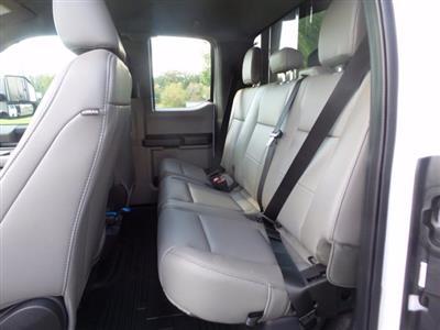 2020 Ford F-550 Super Cab DRW 4x4, Reading Landscaper SL Landscape Dump #FU0551 - photo 9