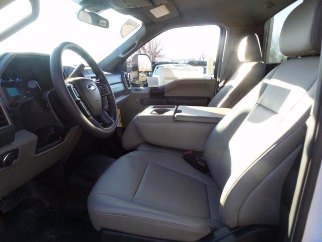 2020 Ford F-550 Regular Cab DRW 4x2, PJ's Stake Bed #FU0635 - photo 9