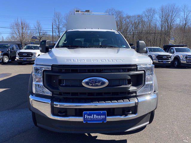 2021 Ford F-550 Crew Cab DRW 4x4, Reading Panel Service Body #FU1162 - photo 3