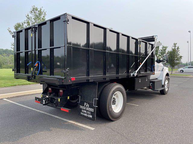 2022 F-750 Regular Cab DRW 4x2,  PJ's Truck Bodies Landscape Dump #FU2012 - photo 6