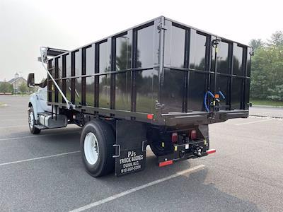 2022 F-750 Regular Cab DRW 4x2,  PJ's Truck Bodies Landscape Dump #FU2012 - photo 2