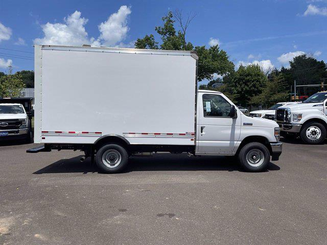 2022 E-350 4x2,  Morgan Truck Body Cutaway Van #FU2013 - photo 5