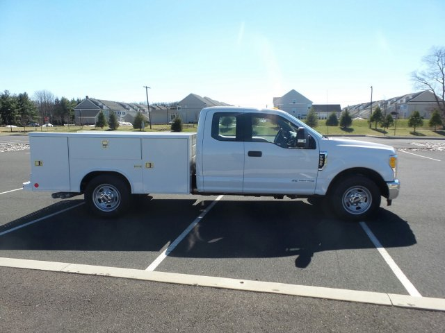 2017 F-350 Super Cab 4x2,  Reading Classic II Steel Service Body #FU7187 - photo 5