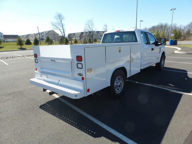 2017 F-350 Super Cab 4x2,  Reading Service Body #FU7187 - photo 6