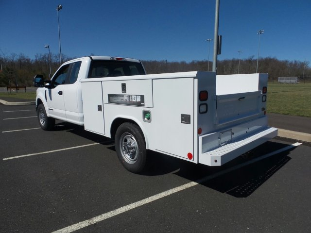 2017 F-350 Super Cab 4x2,  Reading Service Body #FU7187 - photo 2