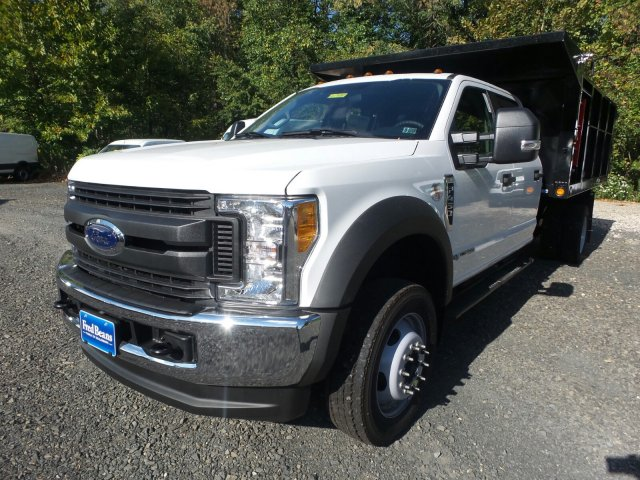2017 F-450 Crew Cab DRW 4x4,  Freedom Landscape Dump #FU7400 - photo 4