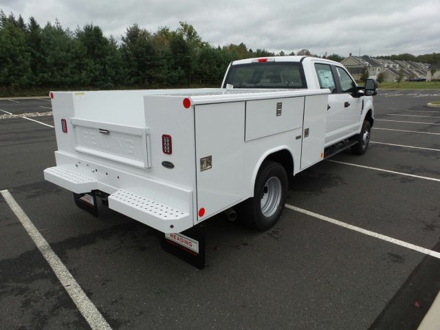 2017 F-350 Crew Cab DRW 4x4, Reading Classic II Steel Service Body #FU7423 - photo 6