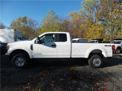 2017 F-350 Super Cab 4x4 Pickup #FU7441 - photo 6