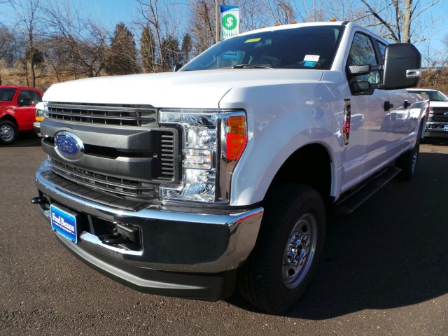 2017 F-250 Crew Cab 4x4, Pickup #FU7494 - photo 4