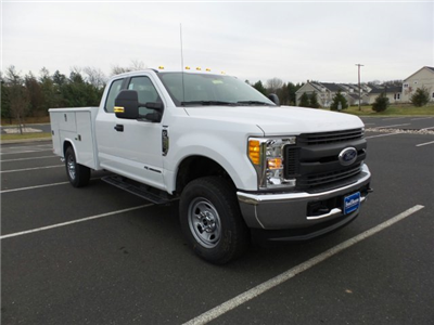 2017 F-350 Super Cab 4x4, Reading Classic II Steel Service Body #FU7497 - photo 4