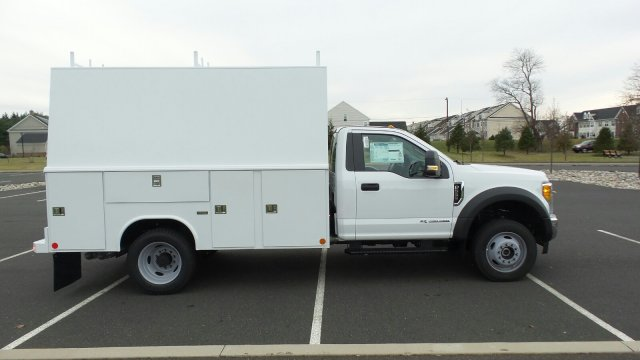 2017 F-550 Regular Cab DRW 4x4, Reading Service Utility Van #FU7515 - photo 6
