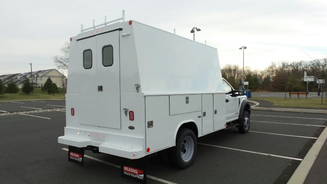 2017 F-550 Regular Cab DRW 4x4, Reading Service Utility Van #FU7515 - photo 3