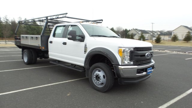 2017 F-450 Crew Cab DRW 4x4,  Freedom ProContractor Body #FU7532 - photo 4