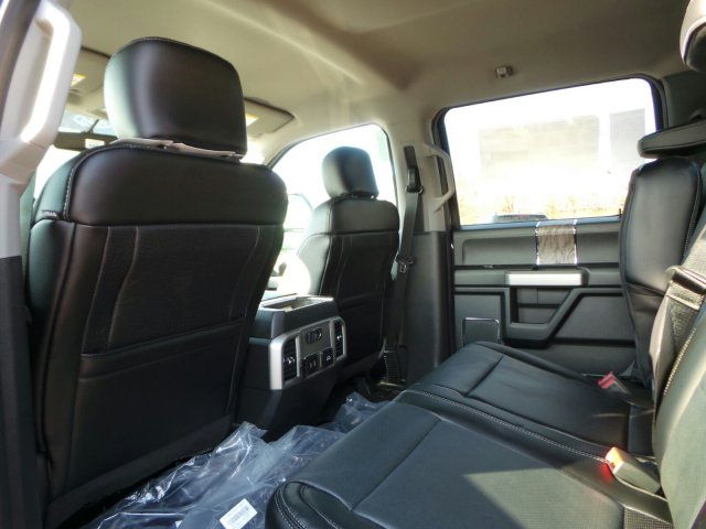 2018 F-250 Crew Cab 4x4, Pickup #FU8033 - photo 8