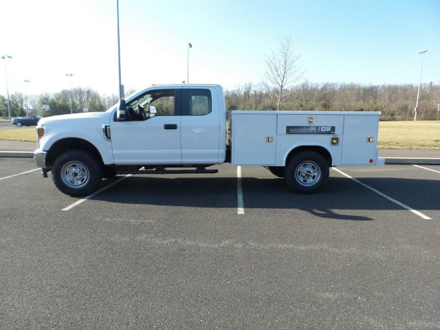 2018 F-350 Super Cab 4x4,  Reading Classic II Steel Service Body #FU8184 - photo 2