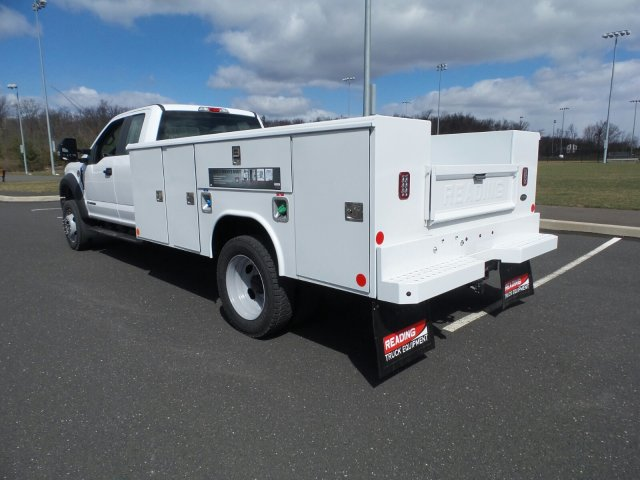 2018 F-450 Super Cab DRW 4x4, Reading Classic II Steel Service Body #FU8208 - photo 2