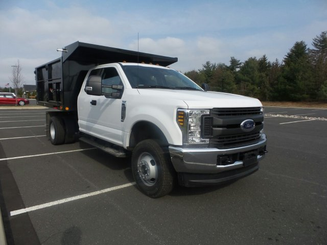 2018 F-350 Super Cab DRW 4x4,  Freedom Landscape Dump #FU8215 - photo 4