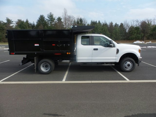 2018 F-350 Super Cab DRW 4x4,  Freedom Landscape Dump #FU8215 - photo 5