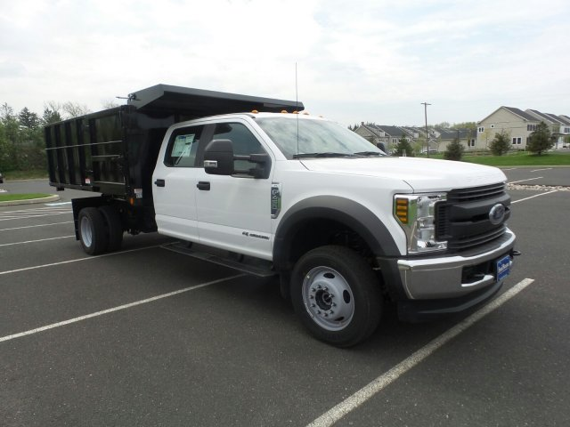 2018 F-450 Crew Cab DRW 4x4,  Reading Landscape Dump #FU8265 - photo 4