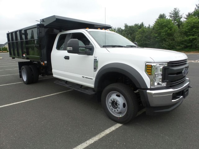 2018 F-450 Super Cab DRW 4x4,  Reading Landscape Dump #FU8269 - photo 4