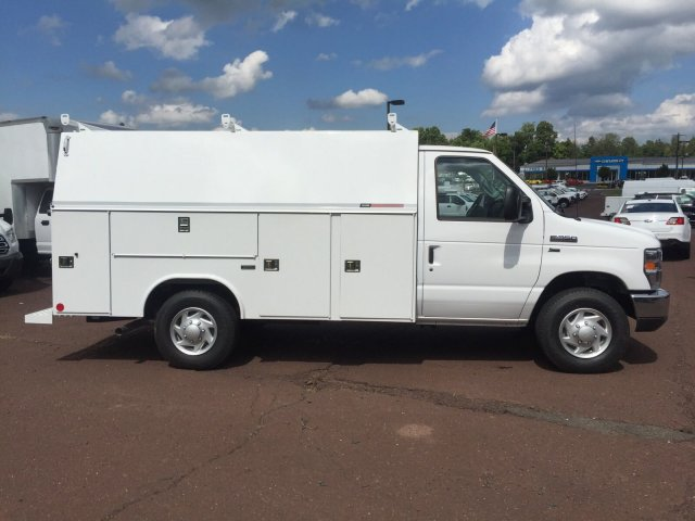 2018 E-350 4x2,  Reading Service Utility Van #FU8327 - photo 3
