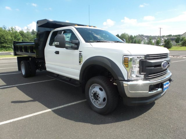 2018 F-550 Super Cab DRW 4x4,  Rugby Dump Body #FU8344 - photo 4