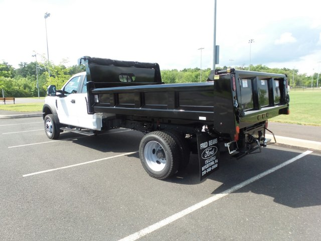 2018 F-550 Super Cab DRW 4x4,  Rugby Dump Body #FU8344 - photo 2