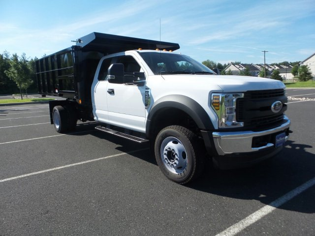 2018 F-450 Super Cab DRW 4x4,  Reading Landscape Dump #FU8354 - photo 4