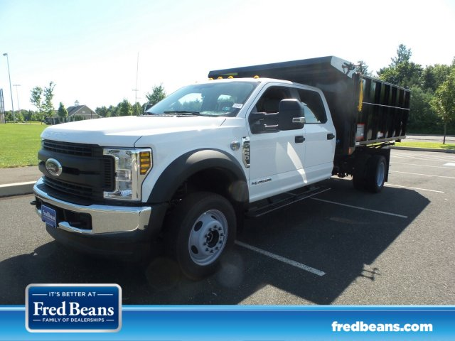 2018 F-550 Crew Cab DRW 4x4,  Reading Landscaper SL Landscape Dump #FU8355 - photo 1