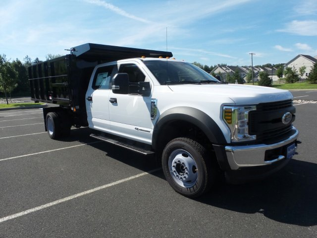 2018 F-550 Crew Cab DRW 4x4,  Reading Landscape Dump #FU8355 - photo 4
