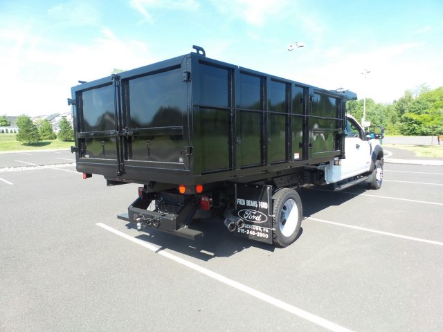 2018 F-550 Crew Cab DRW 4x4,  Reading Landscaper SL Landscape Dump #FU8355 - photo 6
