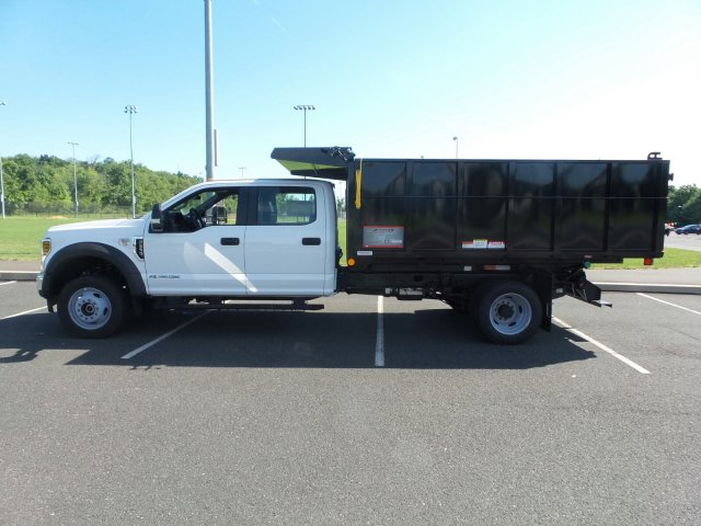 2018 F-550 Crew Cab DRW 4x4,  Reading Landscape Dump #FU8355 - photo 8
