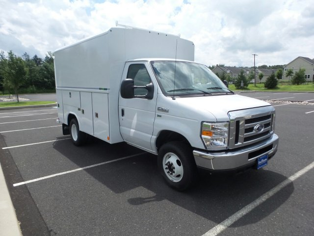 2018 E-350 4x2,  Reading Service Utility Van #FU8362 - photo 4
