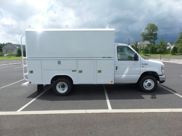 2018 E-350 4x2,  Reading Service Utility Van #FU8362 - photo 5