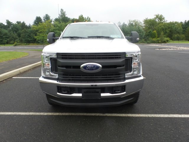 2019 F-350 Super Cab 4x4,  Reading Service Body #FU9019 - photo 3