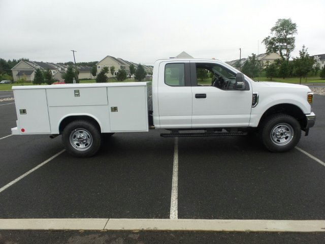 2019 F-350 Super Cab 4x4,  Reading Service Body #FU9019 - photo 5