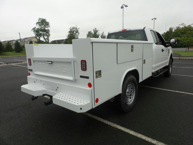 2019 F-350 Super Cab 4x4,  Reading Service Body #FU9019 - photo 6