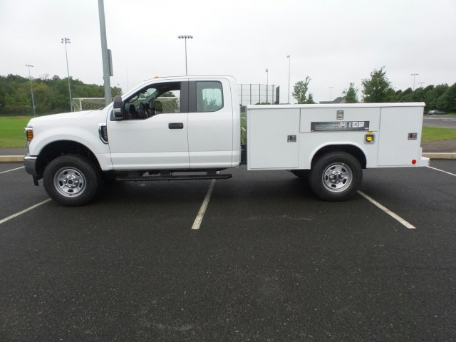 2019 F-350 Super Cab 4x4,  Reading Service Body #FU9019 - photo 8