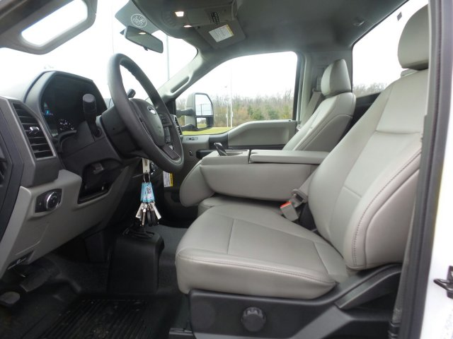 2019 F-450 Regular Cab DRW 4x4,  Reading Service Body #FU9122 - photo 9