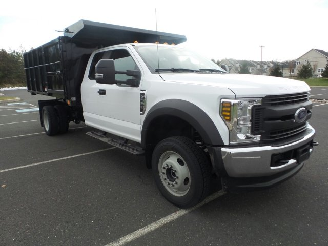 2019 F-550 Super Cab DRW 4x4,  Reading Landscape Dump #FU9135 - photo 4