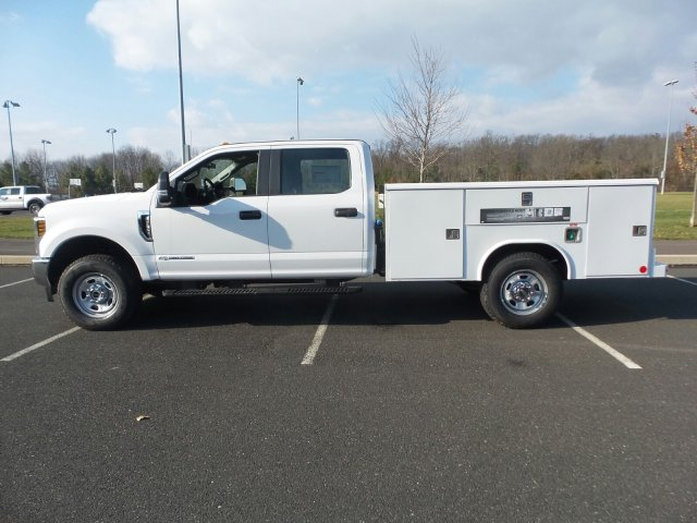 2019 F-350 Crew Cab 4x4,  Reading Service Body #FU9148 - photo 8