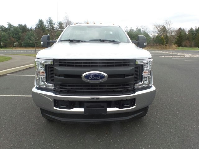 2019 F-350 Regular Cab 4x4,  Reading Service Body #FU9150 - photo 3