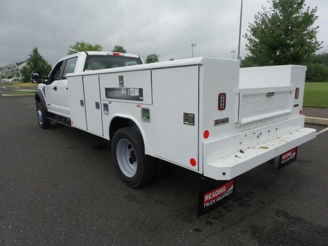 2019 F-450 Crew Cab DRW 4x4,  Reading Classic II Steel Service Body #FU9378 - photo 2