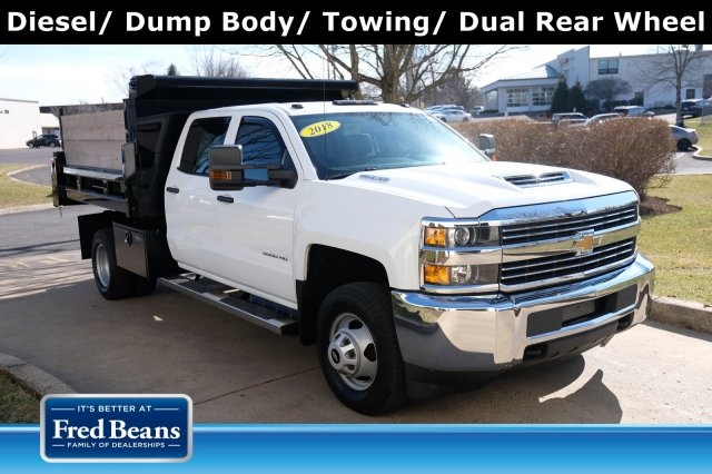 2018 Silverado 3500 Crew Cab DRW 4x4, Dump Body #FU94761 - photo 1