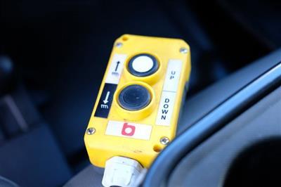 2018 Silverado 3500 Crew Cab DRW 4x4, Dump Body #FU94761 - photo 32