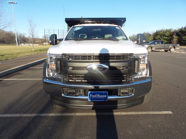 2019 F-550 Crew Cab DRW 4x4, Reading Landscaper SL Landscape Dump #FU9834 - photo 3
