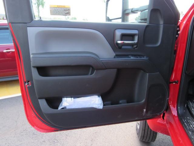 2019 Chevrolet Silverado 5500 Regular Cab DRW 4x4, Switch N Go Drop Box Hooklift Body #191155 - photo 15