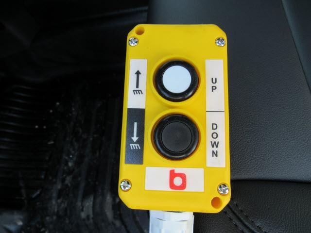 2020 Chevrolet Silverado 3500 Crew Cab DRW 4x4, Knapheide Landscape Dump #201176 - photo 3