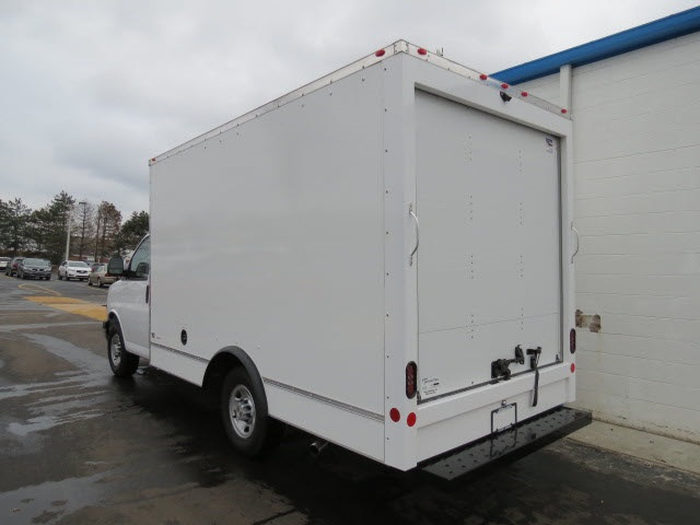 2020 Chevrolet Express 3500 4x2, Cutaway Van #20267 - photo 1