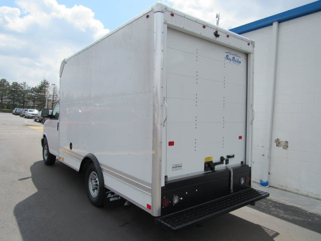 2020 Chevrolet Express 3500 4x2, Bay Bridge Cutaway Van #20414 - photo 1